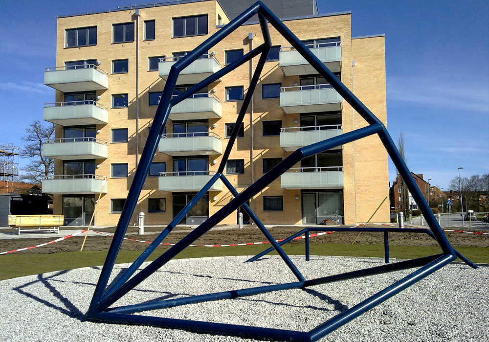 Solid steel, pebbles, light, 6 x 6 x 2.5 m, Lund